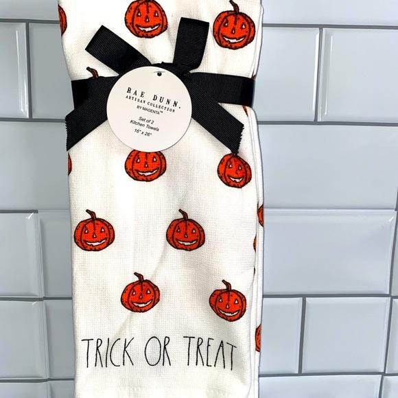 Rae Dunn TRICK OR TREAT DUAL Kitchen Towels 2pk